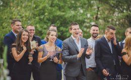 сватба-сватбен-фотограф-софия-варна-добър-сватбена-фотосесия-около-софия-резиденция-тера-изнесен-ритуал (39)