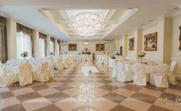 сватба-сватбен-фотограф-софия-варна-добър-сватбена-фотосесия-около-софия-резиденция-тера-изнесен-ритуал (44)