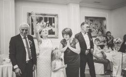 сватба-сватбен-фотограф-софия-варна-добър-сватбена-фотосесия-около-софия-резиденция-тера-изнесен-ритуал (45)