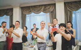 сватба-сватбен-фотограф-софия-варна-добър-сватбена-фотосесия-около-софия-резиденция-тера-изнесен-ритуал (46)
