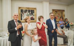 сватба-сватбен-фотограф-софия-варна-добър-сватбена-фотосесия-около-софия-резиденция-тера-изнесен-ритуал (47)