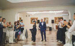 сватба-сватбен-фотограф-софия-варна-добър-сватбена-фотосесия-около-софия-резиденция-тера-изнесен-ритуал (48)