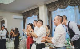 сватба-сватбен-фотограф-софия-варна-добър-сватбена-фотосесия-около-софия-резиденция-тера-изнесен-ритуал (50)