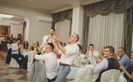 сватба-сватбен-фотограф-софия-варна-добър-сватбена-фотосесия-около-софия-резиденция-тера-изнесен-ритуал (61)
