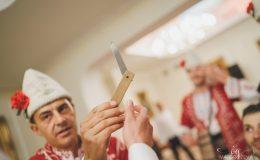 сватба-сватбен-фотограф-софия-варна-добър-сватбена-фотосесия-около-софия-резиденция-тера-изнесен-ритуал (76)