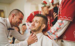 сватба-сватбен-фотограф-софия-варна-добър-сватбена-фотосесия-около-софия-резиденция-тера-изнесен-ритуал (77)