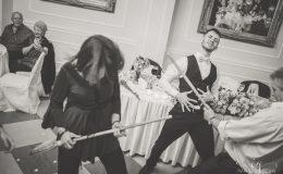 сватба-сватбен-фотограф-софия-варна-добър-сватбена-фотосесия-около-софия-резиденция-тера-изнесен-ритуал (92)